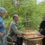 Играют в нарды в Бекешевском ОВПй